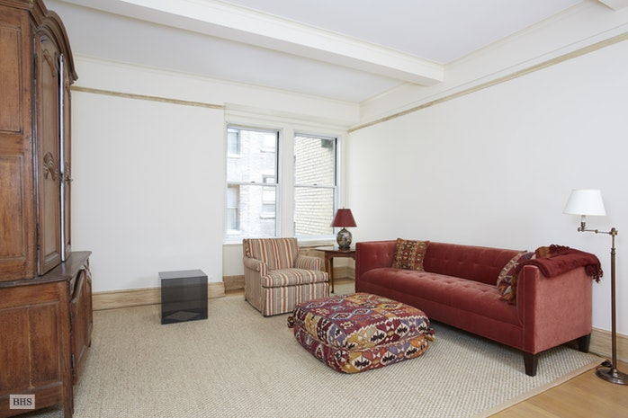 130 East 75th Street 3D, Upper East Side, NYC, $2,700,000, Web #: 17731819