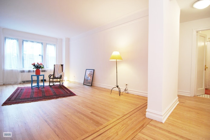 84  12 35th Avenue 2N, Jackson Heights, New York, $569,000, Web #: 17758095