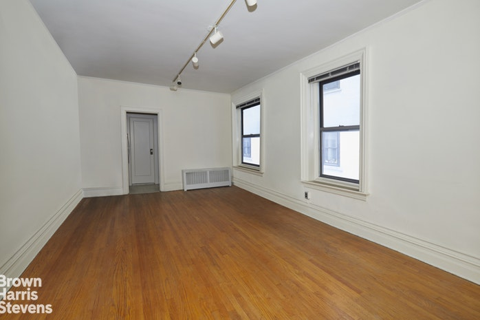 1361 Madison Avenue 3D, Upper East Side, NYC, $399,000, Web #: 17761014