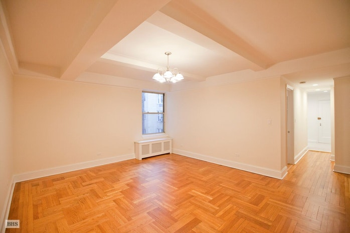 697 West End Avenue 10G, Upper West Side, NYC, $3,200, Web #: 17791696