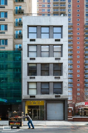 552 West 43rd Street PHB, Midtown West, NYC, $7,450, Web #: 17808140