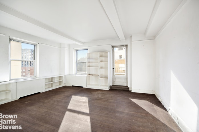 320 East 72nd Street 12A, Upper East Side, NYC, $3,800,000, Web #: 17882032