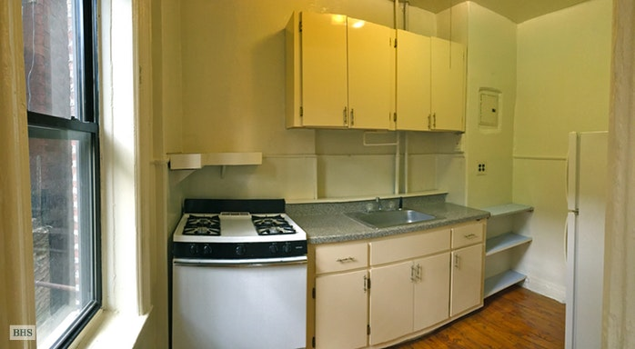 261 14th Street A3, Park Slope, New York, $1,995, Web #: 17883384