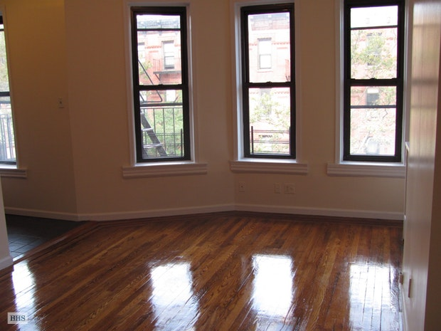 217 7th Avenue 3F, Park Slope, New York, $2,150, Web #: 17890385