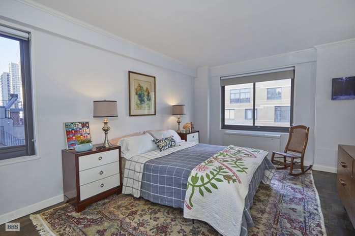 10 East End Avenue 11E, Upper East Side, NYC, $1,150,000, Web #: 17928992