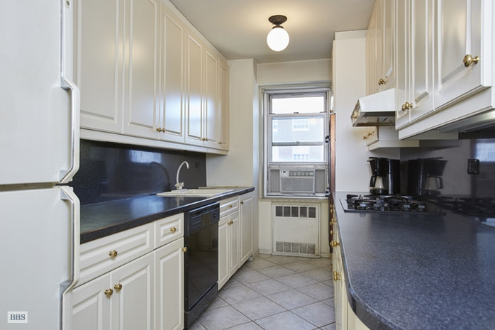 50 East 79th Street 15D, Upper East Side, NYC, $1,895,000, Web #: 17930087