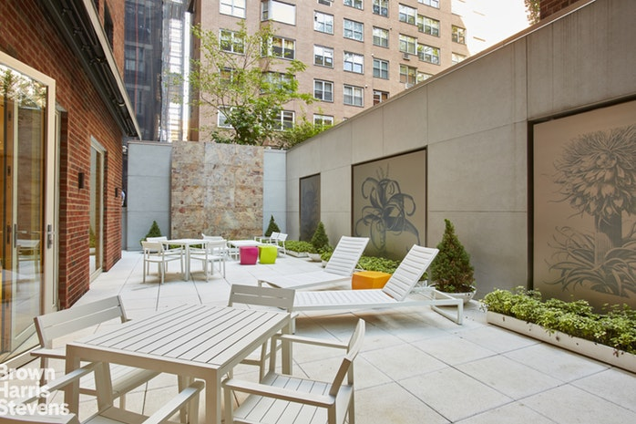 737 Park Avenue 10F, Upper East Side, NYC, $5,695,000, Web #: 17937035