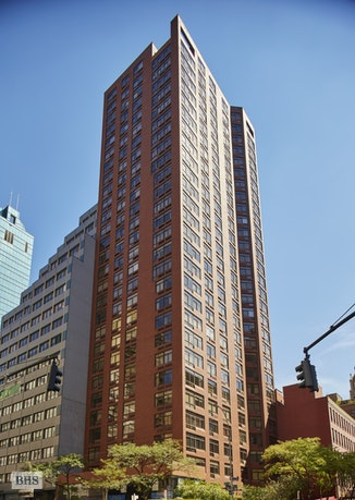 303 East 43rd Street 18A, Midtown East, NYC, $1,825,000, Web #: 17941165