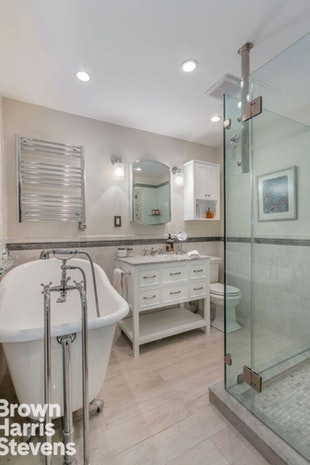 342 West 85th Street 1A, Upper West Side, NYC, $2,149,000, Web #: 17952840
