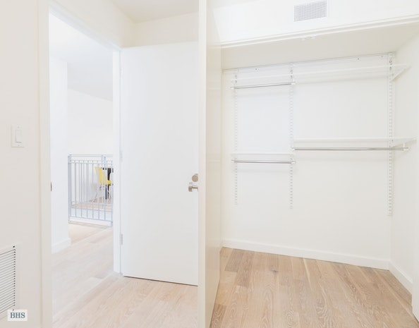 435 Putnam Avenue Gdn, Brooklyn, New York, $3,000, Web #: 17958451