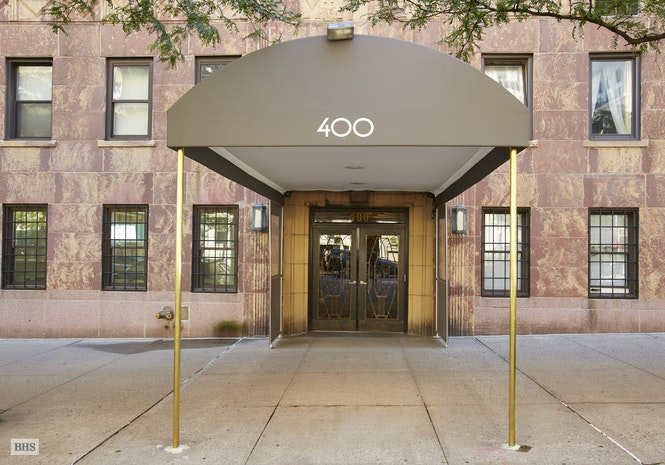 400 West End Avenue 8D, Upper West Side, NYC, $2,695,000, Web #: 17992373