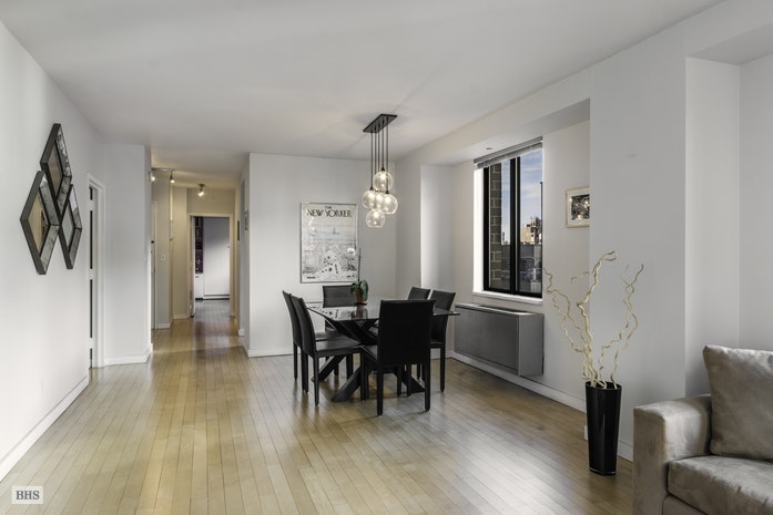 108 Fifth Avenue 14A, Flatiron, NYC, $2,260,000, Web #: 17999428