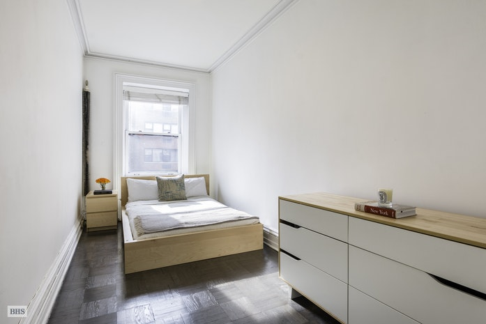 111 East 36th Street 5A, Midtown East, NYC, $750,000, Web #: 18020188