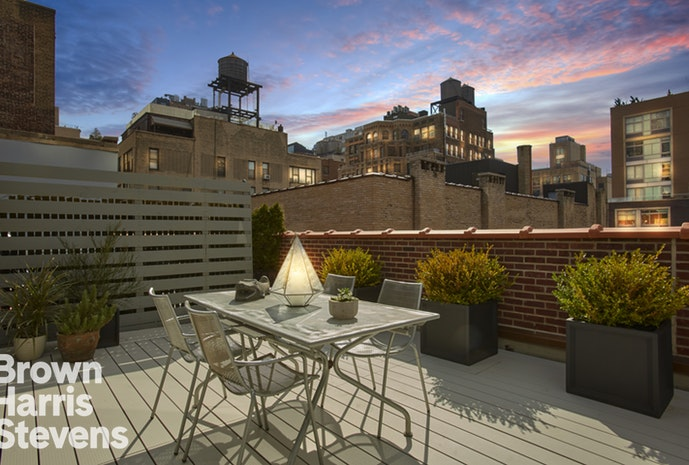 250 West 27th Street 6K, Chelsea, NYC, $1,250,000, Web #: 18030994