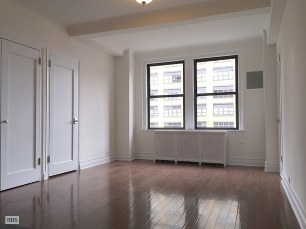 440 West 34th Street, Midtown West, NYC, $2,277, Web #: 18101131