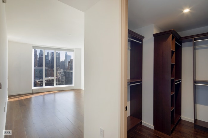 1 West End Avenue 23D, Upper West Side, NYC, $7,850, Web #: 18114661