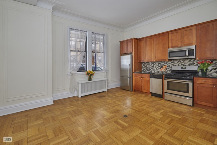 365 West End Avenue 108, Upper West Side, NYC, $2,800, Web #: 18121422