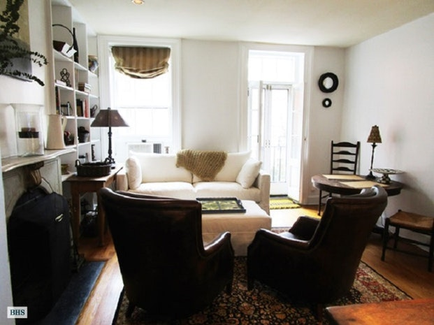 96 Macdougal Street 2, Greenwich Village, NYC, $6,550, Web #: 18122384