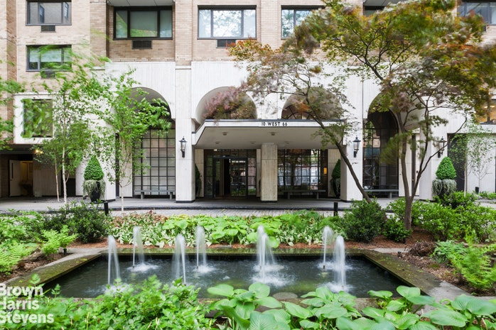 10 West 66th Street 31G, Upper West Side, NYC, $1,795,000, Web #: 18181249