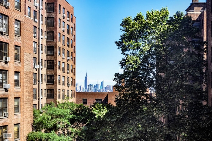 209 Clinton Avenue 7E, Brooklyn, New York, $624,500, Web #: 18194879