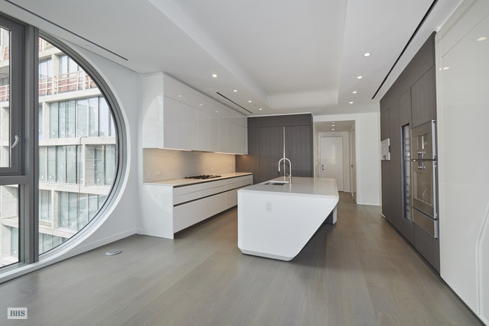 520 West 28th Street 21, Midtown South, NYC, $23,500, Web #: 18194980