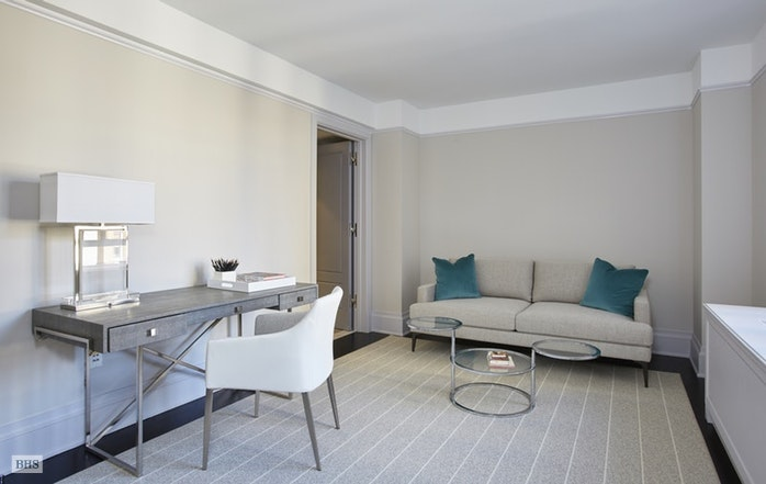 21 East 61st Street 6B, Upper East Side, NYC, $45,000, Web #: 18195866