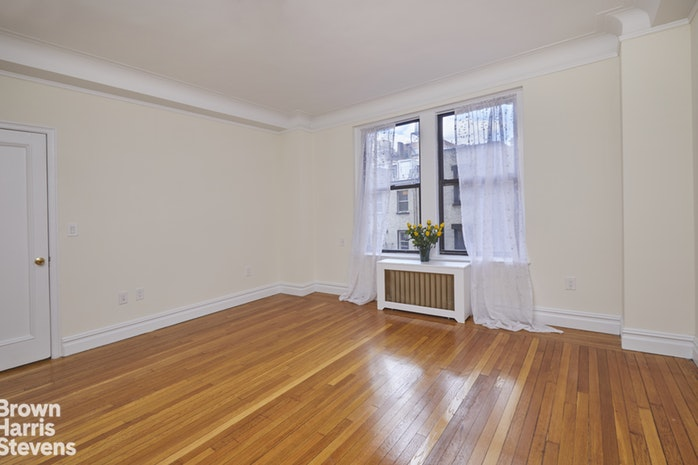 365  West End Avenue 4H, Upper West Side, NYC, $8,000, Web #: 18263337