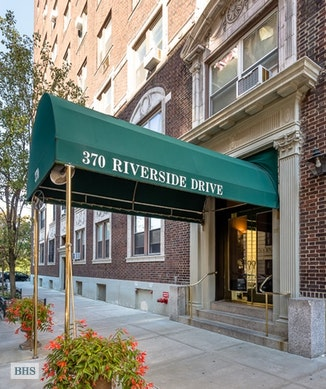 370 Riverside Drive, Upper West Side, NYC, $2,295,000, Web #: 18306351