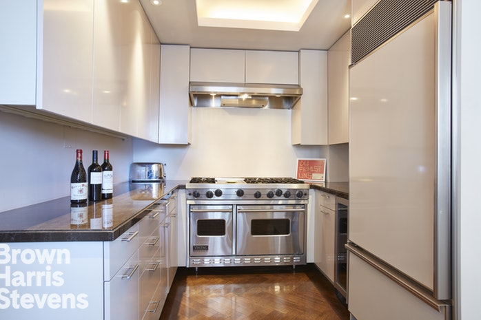 150 East 69th Street 16T, Upper East Side, NYC, $2,345,000, Web #: 18376458