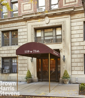 119 West 71st Street, Upper West Side, NYC, $1,200,000, Web #: 18466266