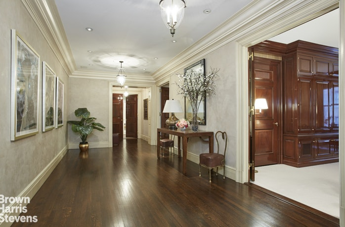 983 Park Avenue 7B, Upper East Side, NYC, $6,300,000, Web #: 18471634