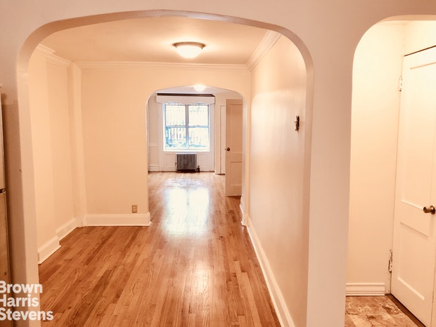 4 First Place 1, Brooklyn, New York, $2,750, Web #: 18472966
