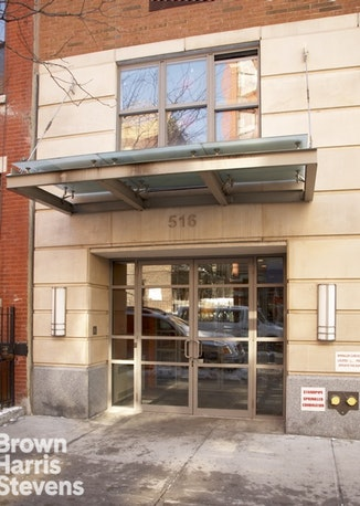 516 West 47th Street N6e, Midtown West, NYC, $3,100, Web #: 18503651