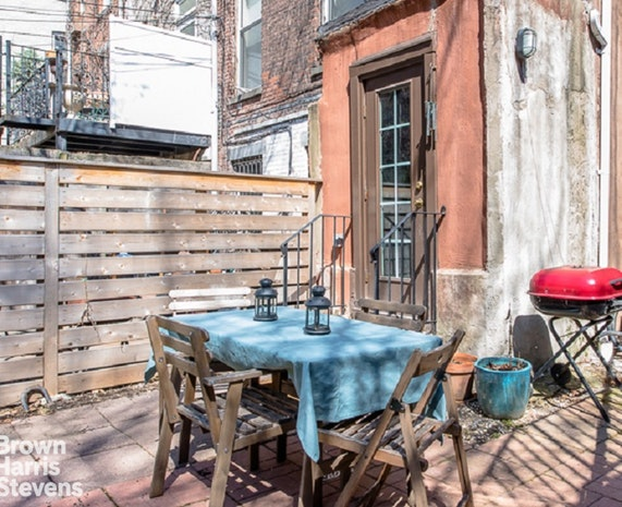 226 Cumberland Street 1, Brooklyn, New York, $3,750, Web #: 18527111