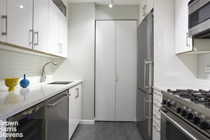 170 East 87th Street W4h, Upper East Side, NYC, $6,000, Web #: 18608827