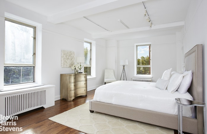 444 Central Park West 4A, Upper West Side, NYC, $2,095,000, Web #: 18771540