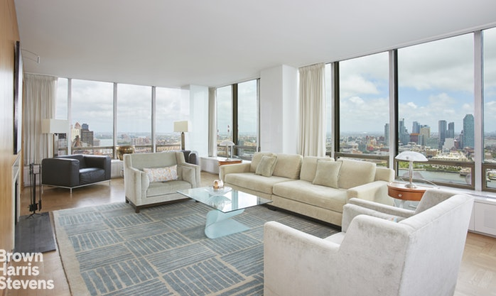 870 United Nations Plaza 37/38D, Midtown East, NYC, $3,400,000, Web #: 18835898