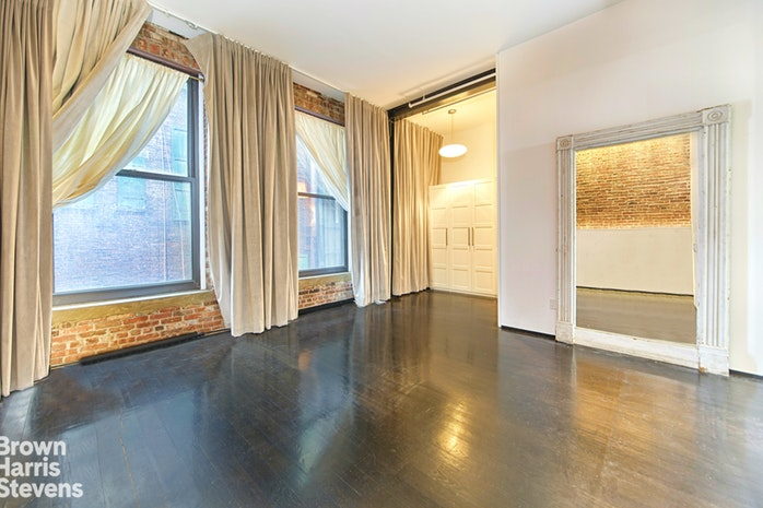 81 White Street 3W, Tribeca/SOHO/Chinatown, NYC, $8,900, Web #: 18874862