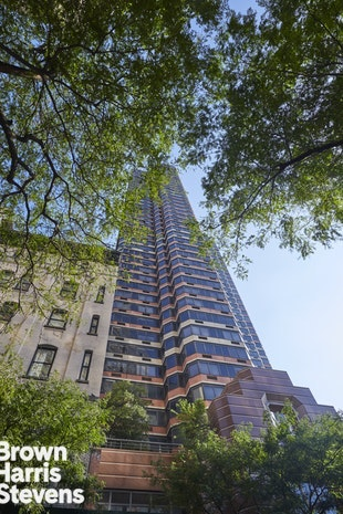 415 East 37th Street 14G, Midtown East, NYC, $4,750, Web #: 18918776