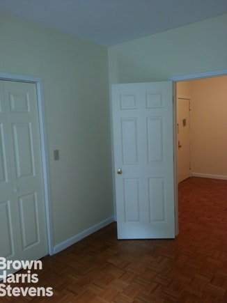 424 East 73rd Street 4Re, Upper East Side, NYC, $1,795, Web #: 18971658
