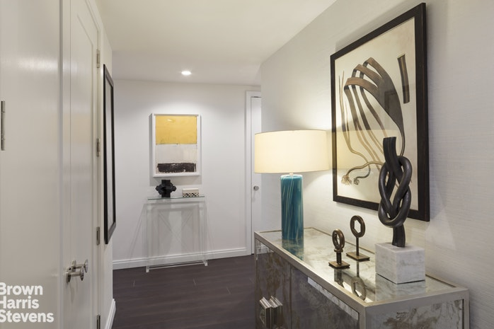 613 Baltic Street 4B, Brooklyn, New York, $1,612,500, Web #: 19124164