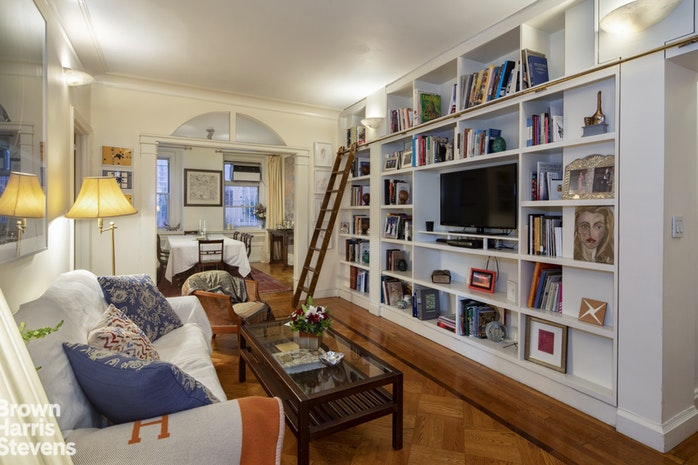 39 East 79th Street 2A, Upper East Side, NYC, $3,400,000, Web #: 19155657