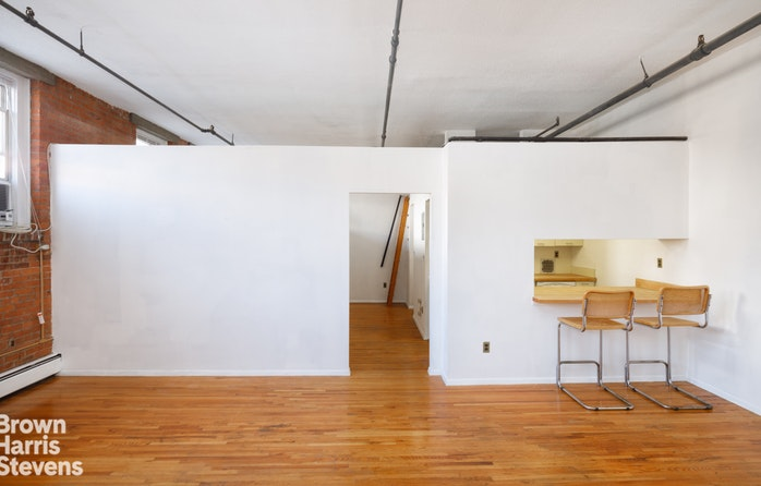 120 Boerum Place 2D, Brooklyn, New York, $690,000, Web #: 19198711