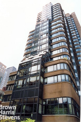 2000 Broadway 16F, Upper West Side, NYC, $10,500, Web #: 19238200