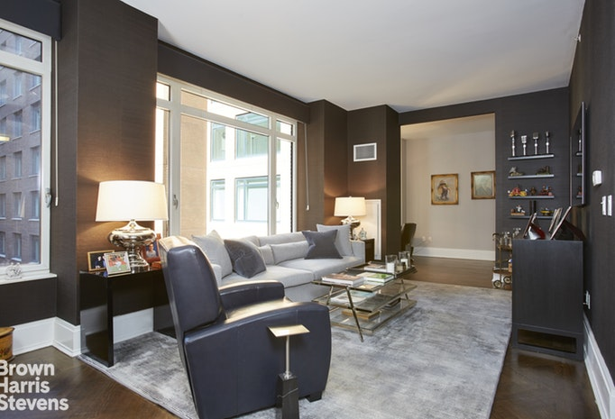 205 West 76th Street 6L, Upper West Side, NYC, $1,960,000, Web #: 19257585