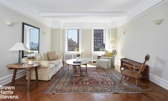 340 Riverside Drive 8D, Upper West Side, NYC, $2,100,000, Web #: 19284657