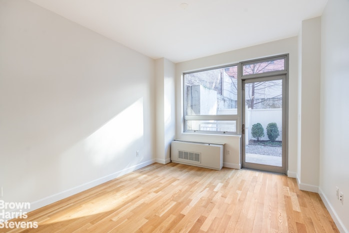 517 West 46th Street L105, Midtown West, NYC, $5,500, Web #: 19356112