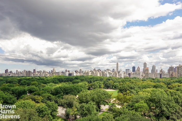 25 Central Park West 16N, Upper West Side, NYC, $16,000, Web #: 19401660