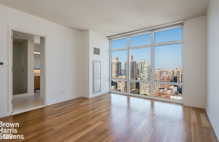 555 West 59th Street 30D, Upper West Side, NYC, $8,300, Web #: 19437866
