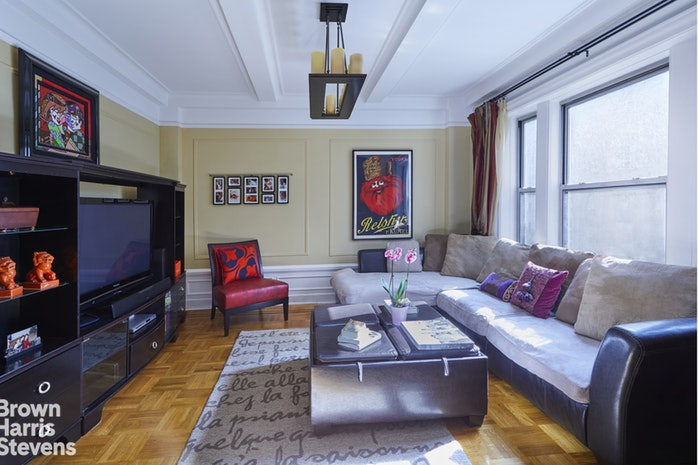 160 West 87th Street 8A, Upper West Side, NYC, $1,525,000, Web #: 19438585